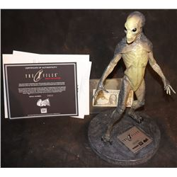 THE X-FILES FIGHT THE FUTURE ALIEN MAQUETTE #410