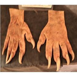X-MEN ORIGINS SABRETOOTH SCREEN USED STUNT STAGE 3 SILICONE GLOVES WITH CLAWS 2