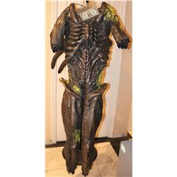 ALIEN VS PREDATOR COMPLETE BLOODY ALIEN BODY SUIT WITH PARTIAL TAIL