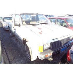 NISSAN PICKUP 1986 T-DONATION