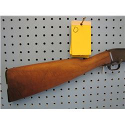 O... Remington model 12a pump-action 22 calibre buttstock broken