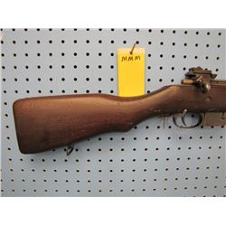 mmm... Ross rifle company Canada M - 10 bolt action straight pull internal clip 303 calibre civilian