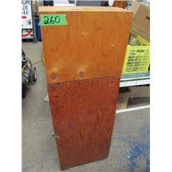 wooden gun case holds four guns