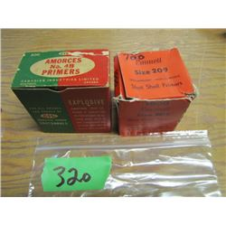 lot of approximately 1200 primers shotshell