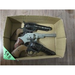 box with 3 CO2 pellet handguns