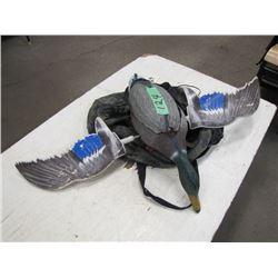 mechanical duck decoy