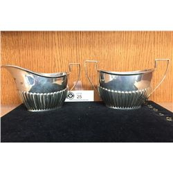 Sterling Silver Cream and Sugar Set. Very Nice Set. 268 Grams
