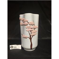 Weil Ware Bonsai Tree Vase. Mid Century. Made in California 4x4x8
