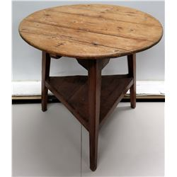 Vintge Round Wood Table w/ Triangular Undershelf 29  Dia x 28  High