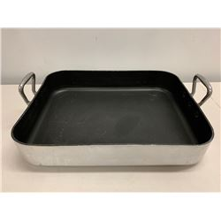Williams Sonoma Roasting Pan (Made in France)