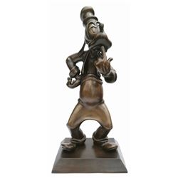 The Hub Bronze Statue of Goofy.