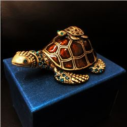 Enameled Mother & Baby Turtle Ring Box With Blue Semi