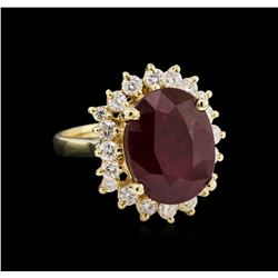 8.25 ctw Ruby and Diamond Ring - 14KT Yellow Gold