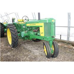 John Deere 620 Row Crop Tractor