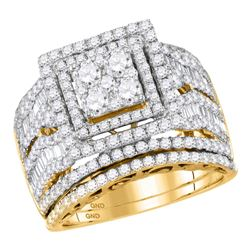 2.66 CTW Diamond Square Cluster Bridal Engagement Ring 14KT Yellow Gold - REF-259M5H