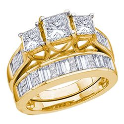 2.03 CTW Princess Diamond 3-Stone Bridal Engagement Ring 14KT Yellow Gold - REF-344W9K