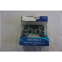 PLAYSTATION DUAL SHOCK 4 WIRLESS CONTROLLER IN BOX -STORE RETURN, UNTESTED