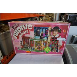 VINTAGE 1972 BARBIE SURPRISE HOUSE IN BOX
