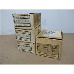LOT APPLETON K100-A/T100-A CONDUIT HARDWARE