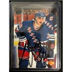 LUC ROBITAILLE SIGNED UPPER DECK HOCKEY CARD