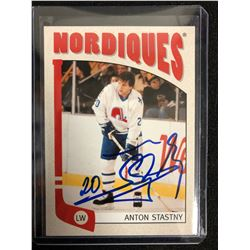ANTON STASTNY SIGNED VINTAGE NORDIQUES HOCKEY CARD
