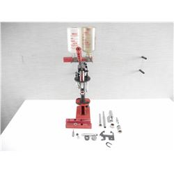 MEC SHOTSHELL RELOADING PRESS W/ACCESORIES