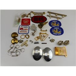 ASSORTED MILITARY BADGES, PINS, CLOTH BADGES AND BUTTONS