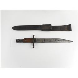 WWI CANADIAN 1910 MKIII ROSS RIFLE BAYONET AND SCABBARD