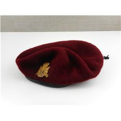 CANADIAN PARACHUTE CORPS BERET WITH CAP BADGE
