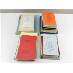 ASSORTED CANADIAN MILITARY FORCES BOOKLETS