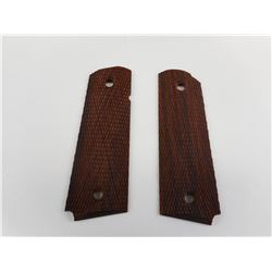 COLT 1911 TYPE CHECKERED WOOD GRIPS
