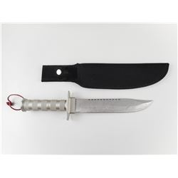 FIXED BLADE KNIFE WITH INTERNAL ACCESSORIES AND NYLON SHEATH