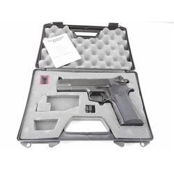 CROSMAN MODEL C40/CB40 AIR PISTOL WITH CASE AND MANUAL