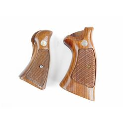 SMITH & WESSON K,L,N FRAME GRIPS
