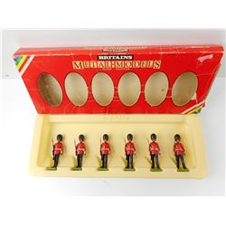BRITAINS, SCOTSGUARDS TOY SOLDIERS
