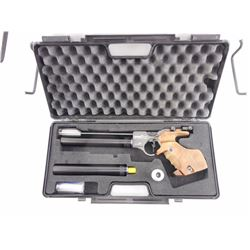 HAMMERLI AP40 CARL WALTHER COMPETITION AIR PISTOL WITH CASE