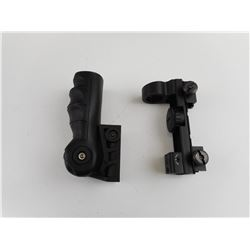 RED DOT SIGHT AND FOLDING FRONT GRIP