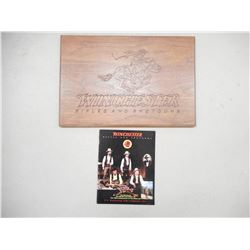 WINCHESTER RIFLES AND SHOTGUNS WOODEN PLAQUE, WINCHESTER 1994 YEAR OF HISTORY MAGAZINE
