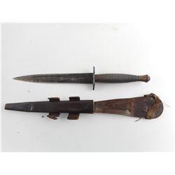 BRITISH COMMANDO KNIFE AND SHEATH