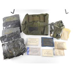 CANADIAN MILITARY GAS MASK ACCESSORIES