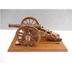 REPLICA FRENCH 12PDR OF GRIBEAUVAL SYSTEM CANNON, ON WOODEN PLAQUE