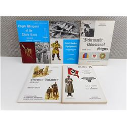 ASSORTED WWII GERMAN ARMY BOOKLETS