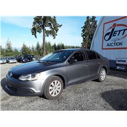 E6 --  2011 VW JETTA , Grey , 125913  KM's