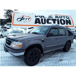 A12A --  1996 FORD EXPLORER , Black , 179215  KM's