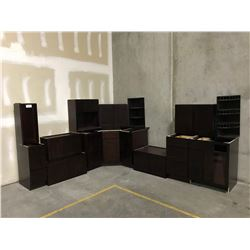 15 PIECE  ESPRESSO  KITCHEN CABINET SET INC. 6 BOTTOM CABINETS, 6 TOP CABINETS, MICROWAVE