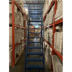 10' MOBILE WAREHOUSE STAIRS