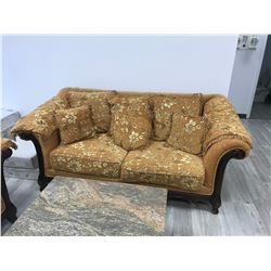 TRADITIONAL GOLD AND MAHOGANY FRAME 3 PIECE SOFA SET