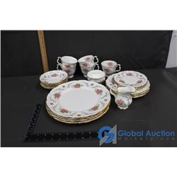 (4) Place Settings Plus Extra's Royal Albert Tranquility