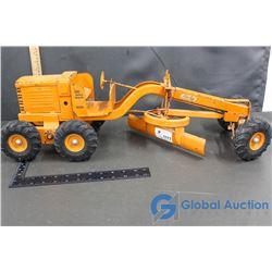 Large Model Toy (Metal Grader)