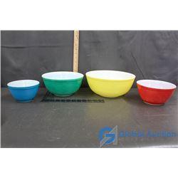 Set of 4 Multi-Coloured Pyrex Bowls